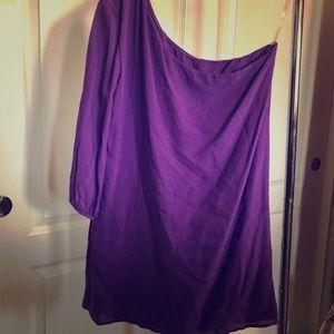 Dresses & Skirts - Purple one shoulder shift dress